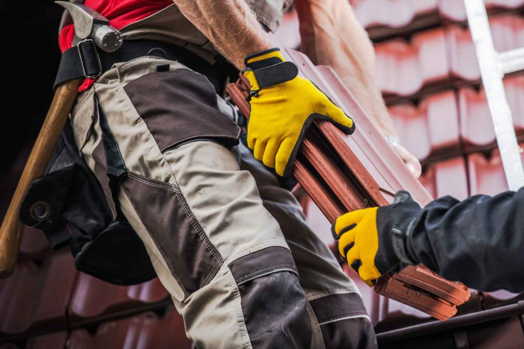 5 Tips to Follow When Selecting Your Commercial Roofer