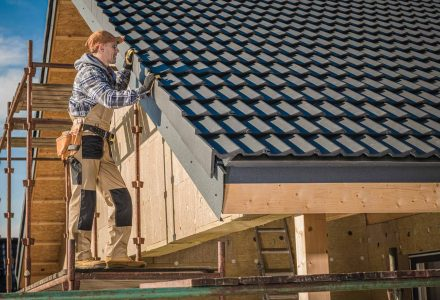 Commercial Roofing Tips to Avoid Unnecessary Expenses